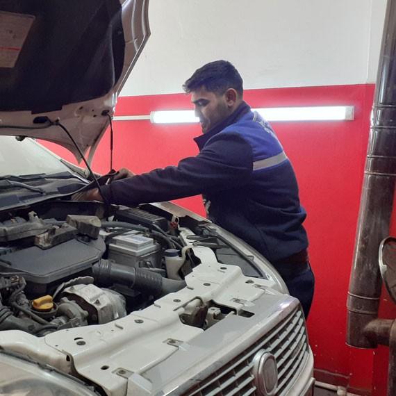 Fiat linea amortisör değişimi